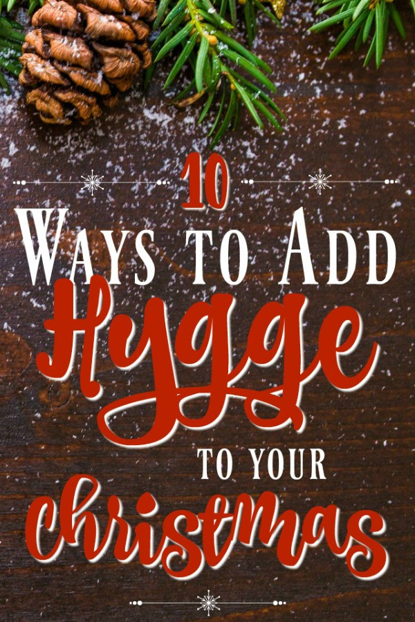 The best kind of hygge is Christmas hygge! The holidays are the perfect time to get cozy and celebrate with family and nothing does that better than making things more hygge. These secrets will help you transform your holiday into an even happier Christmas!