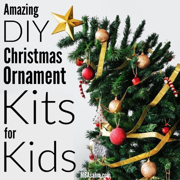 This fun DIY holiday craft is such a great idea - Christmas ornament kits for kids!  These kits come with everything you need for your children to make adorable DIY Christmas ornaments, either for your own tree or as handmade gifts for family and friends!